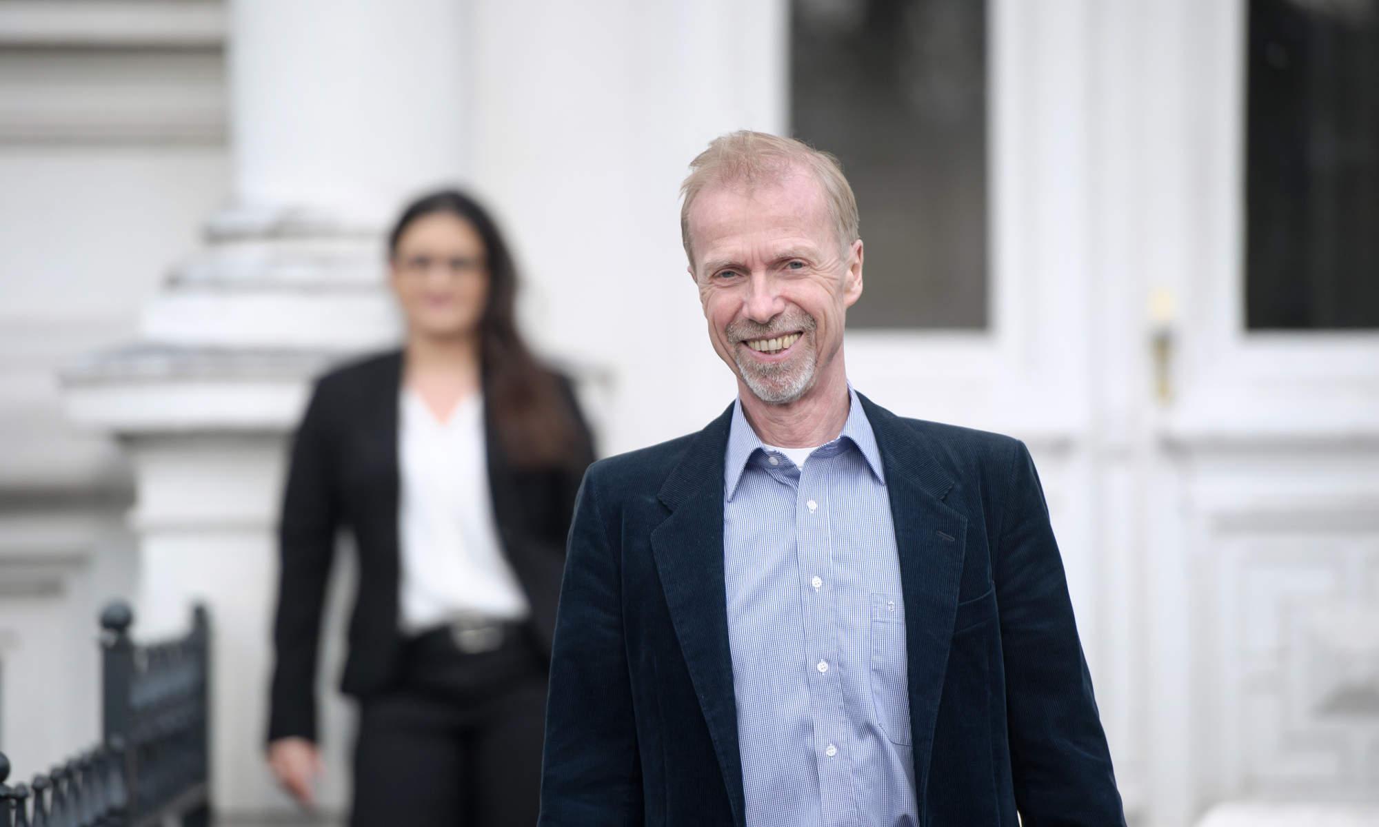 Rechtsanwälte für Verkehrsrecht Hamburg - im Vordergrund Rechtsanwalt Dwars