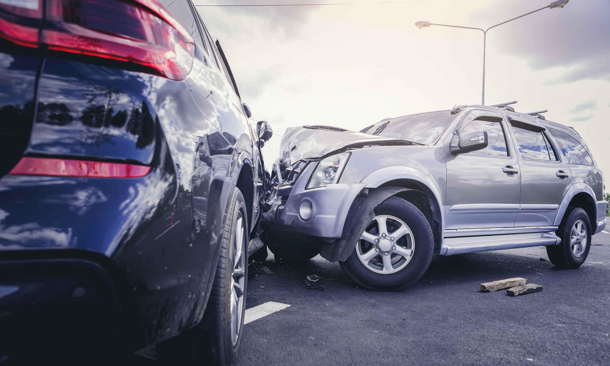 Verkehrsunfall mit Totalschaden - bildlich für Unfallabwicklung mit Anwalt